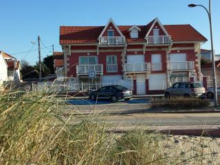 Joussac Côté Plage - vue mer - Soulac-sur-Mer vacation rentals