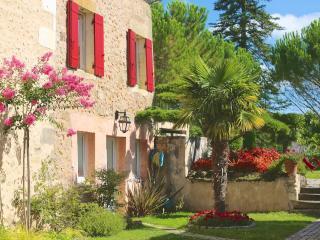 Domaine de Montagenet - Gîte Olivier**** - Saint-Martial-de-Valette vacation rentals