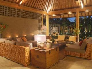 Seminyak modern villa in traditional concept - Bali vacation rentals