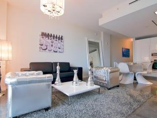 Funky 1 Bedroom Apartment on South Beach - Miami vacation rentals