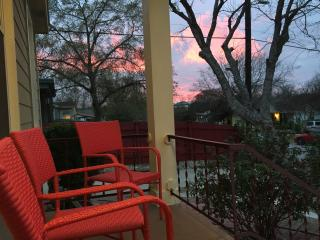 Frontier House: - Austin vacation rentals
