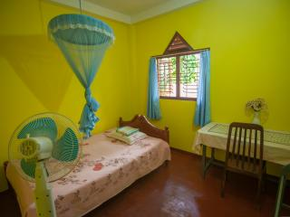 Room for couple in cozy place, jungle and beach - Hikkaduwa vacation rentals