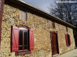 3 bedroom Gite with Internet Access in Tournay - Tournay vacation rentals