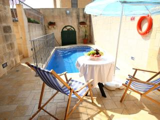 4 Bedroom Farmhouse with Private Pool, A/C, WIFI - Sanat vacation rentals