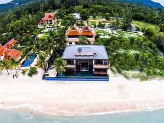 Villa U: 5* Beach-front  Villa with Infinity Pool - Taling Ngam vacation rentals