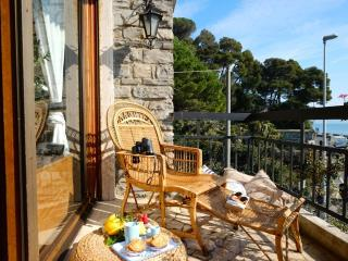 Casa Aragosta, seaview and garden in Portovenere - Manarola vacation rentals