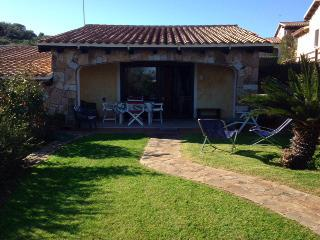 Villetta Magnolia 13 con giardino Porto San Paolo Loiri 6 p.l - Loiri vacation rentals