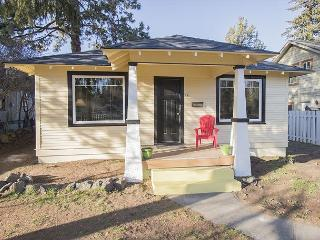 The Jewel of Vacation Rentals - Two bedroom/Two bathroom - Newly updated - Bend vacation rentals