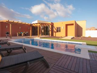 Holiday Cottage with private pool (FV4301) - Tuineje vacation rentals