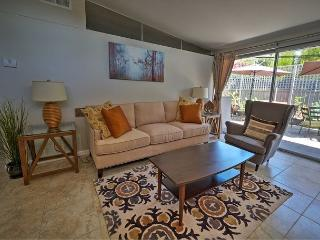 2 bed/2 bath Updated in The Foothills - Pasadena vacation rentals