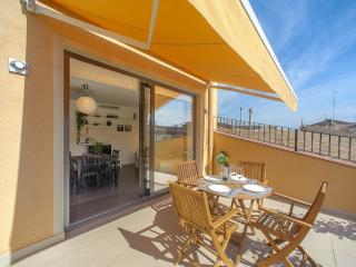 Apartament La Placeta Figueres - Figueres vacation rentals