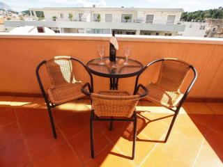 Missy 1 for 4 people with AC and Internet - Makarska vacation rentals