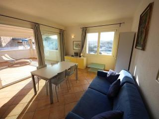 Apt Nemo on Port.Santa Teresa Gallura-6px - Santa Teresa di Gallura vacation rentals