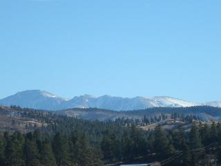Beautiful Chalet with Internet Access and Dishwasher - Woodland Park vacation rentals