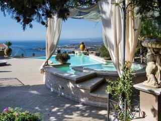 Luxury Villa in the heart of Taormina - Graniti vacation rentals