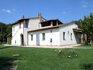 Podernovo al Castello delle Regine - San Liberato vacation rentals