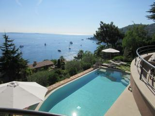 Luxury villa sea view and pool 20mn from Cannes - Théoule sur Mer vacation rentals