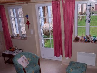 Nice Issigeac Studio rental with Internet Access - Issigeac vacation rentals