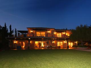 VILLABEAT  |  Villa Ameli - Port Heli vacation rentals