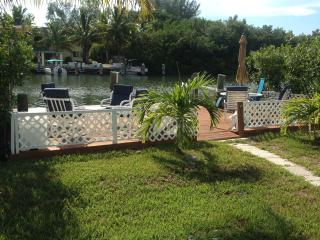 Fishermen's Haven w/Dock, Fish Station, Near Beach - Marathon vacation rentals