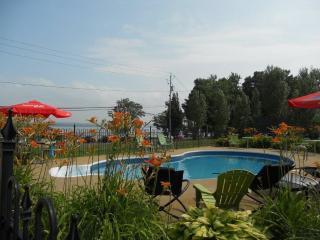 Le Cayer Chalets Place St-Jean Orleans island Qc - Quebec City vacation rentals