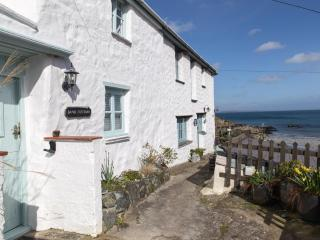 Perfect Cottage with Internet Access and Outdoor Dining Area - Porthallow vacation rentals