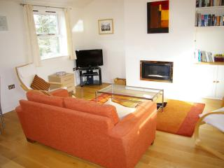 Beautiful 1 bedroom Hay-on-Wye Condo with Internet Access - Hay-on-Wye vacation rentals