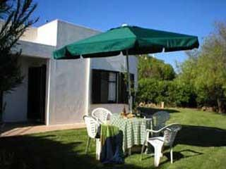 Nice Cottage with Internet Access and Satellite Or Cable TV - Luz vacation rentals