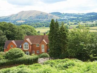 Lovely 5 bedroom House in All Stretton - All Stretton vacation rentals