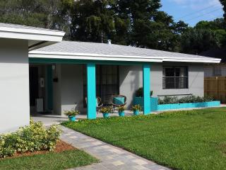 The Cottage at Audrey Place - Wilton Manors vacation rentals