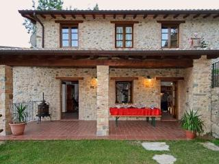 """Self Catering in Molazzana House """" I Torchi"""" - Molazzana vacation rentals"""