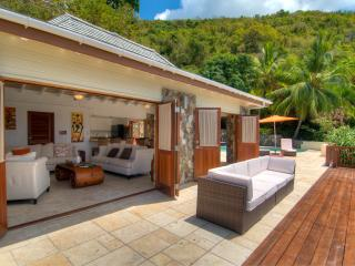 Turtle Bay House, Nail Bay (Owner Rep) - Gorda Peak National Park vacation rentals
