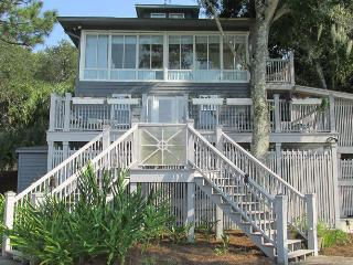 Cottage In The Sky- On an Ancient Sand Dune - Feels like you are in the Sky!! - World vacation rentals