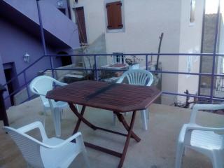 Apartament Brnic 1 - Valun vacation rentals