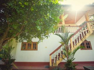 Hideaway house in the middle of jungle - Hikkaduwa vacation rentals