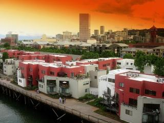 2 bedroom riverfront condo - Portland vacation rentals