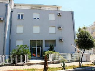 35068 A1(4) - Split - Split vacation rentals