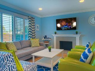 Suite Escapes 8! Walk to Disney/Cc! Pool! - Anaheim vacation rentals