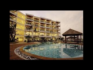 Phuket - Sea view luxury affordable flat - Wichit vacation rentals