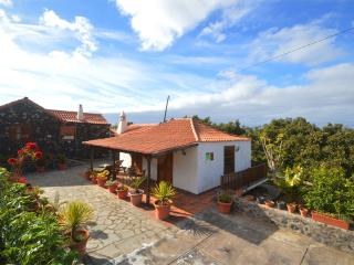 Comfortable 1 bedroom Tijarafe House with Television - Tijarafe vacation rentals