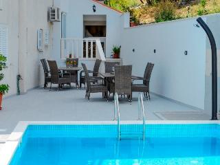 Delightful studio apartment 3 - Cavtat vacation rentals