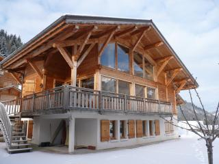 Comfortable Chalet with Deck and Internet Access - Essert-Romand vacation rentals