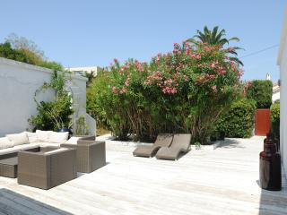 BLANCHE, calm renovated villa in heart of STropez - Saint-Tropez vacation rentals