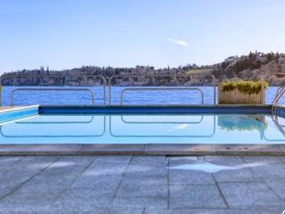 Amazing flat with  pool on Lake Garda - Salò vacation rentals