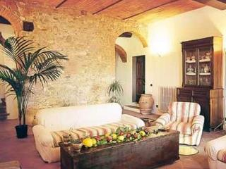Casa Vacanze ALTROVE - Laterina vacation rentals