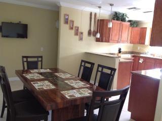 Cozy 3 bedroom House in Sarasota - Sarasota vacation rentals