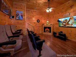 Luxury 7 Bedroom Cabin with Theater Room - Sleeps 17 - Seasonal Outdoor Pool - Pigeon Forge vacation rentals