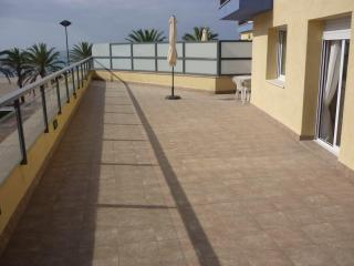 Bright Condo with Internet Access and Dishwasher - Calafell vacation rentals