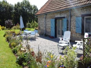 fermette.please note we are normaly sunday arrival - Bort-les-Orgues vacation rentals