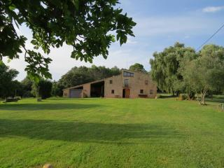 4 bedroom Farmhouse Barn with Internet Access in Pontos - Pontos vacation rentals